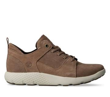 Women's Flyroam Leather Sneakers